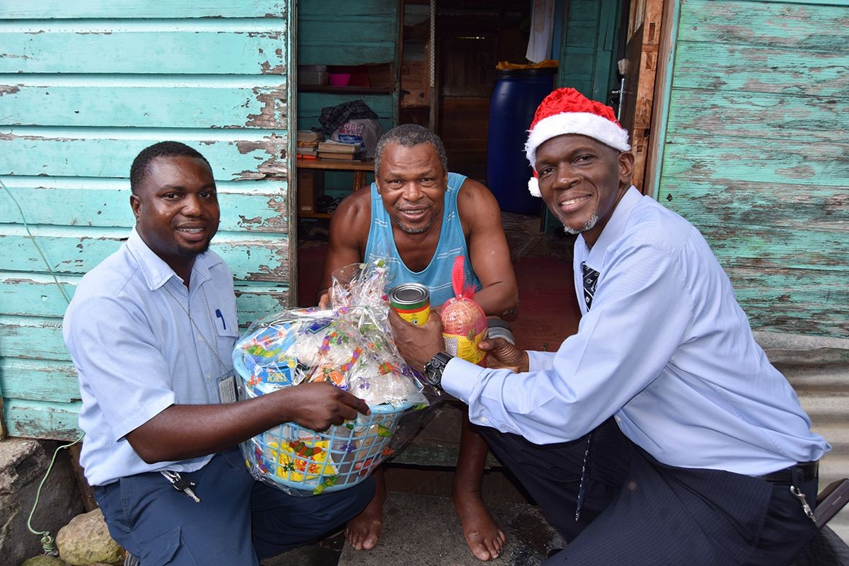 Christmas Hamper Distribution 2017